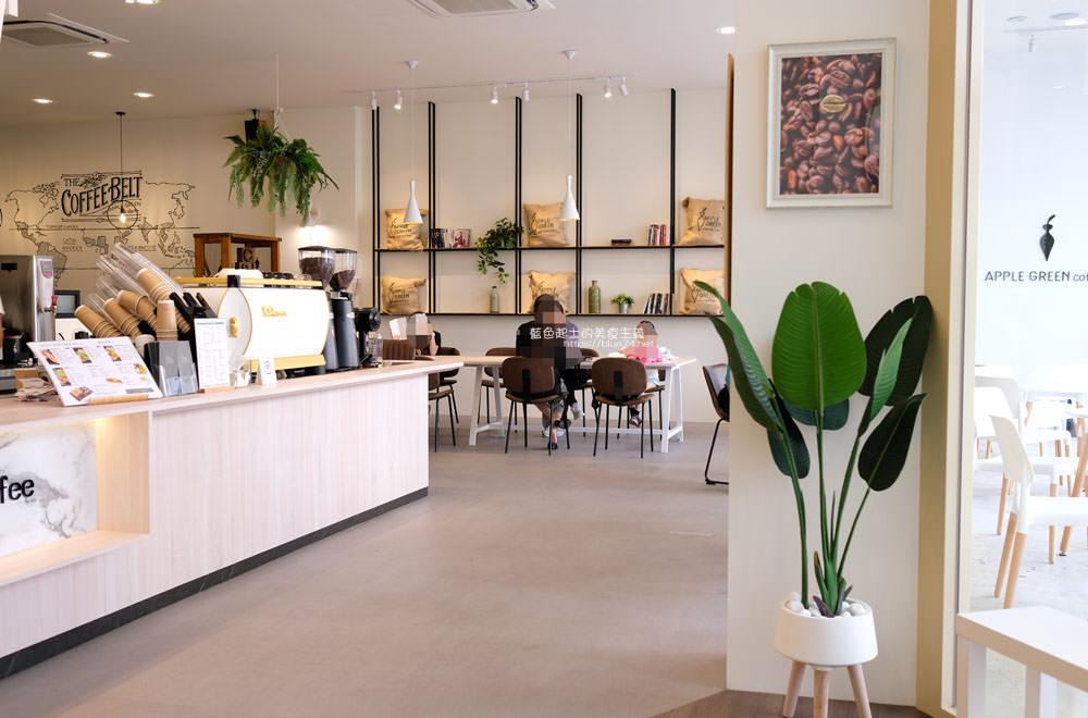 20190922012936 19 - 蘋果綠咖啡台中黎明門市-台中首間蘋果綠咖啡,白色系明亮空間,多那之新品牌