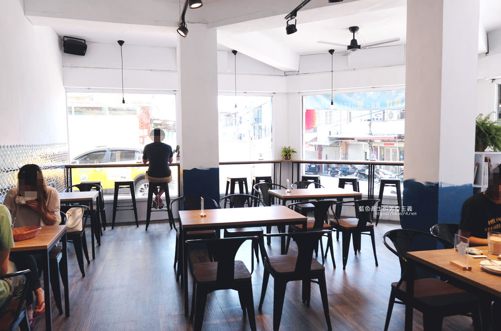 20191002013144 25 - 浪浀│對早餐執著十年的老闆在東海藝術街開店了,療癒的藍色豆腐鯊陪你吃早午餐