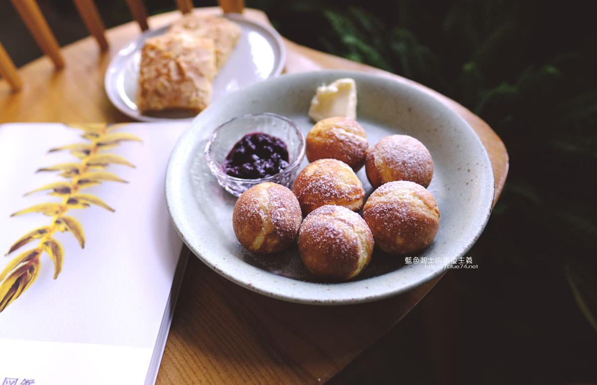 20191019124353 54 - 孔雀咖啡-柳川旁迷人的孔雀藍色調咖啡館,還有可愛圓滾滾鬆餅球