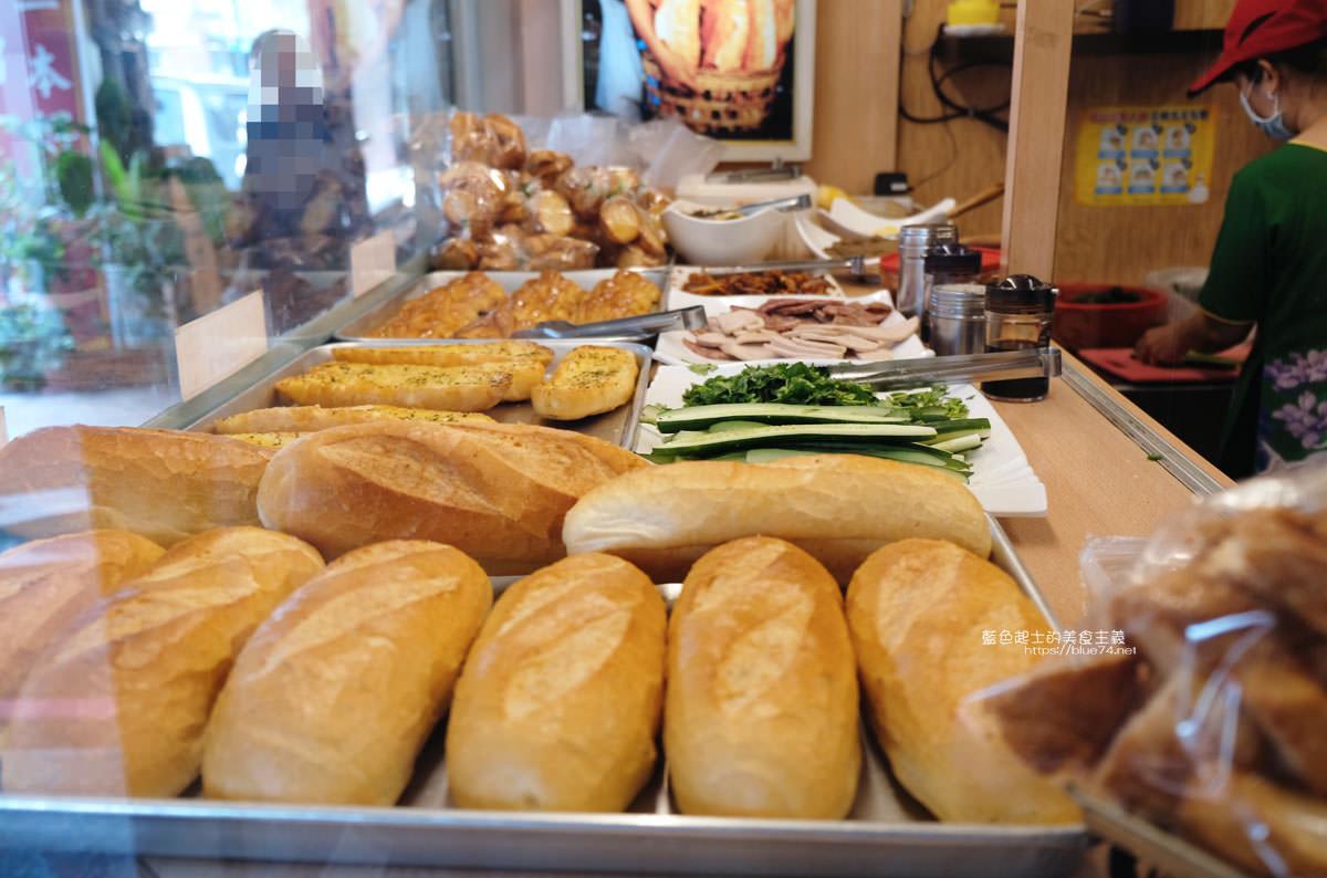 20191110133220 10 - 台中越南法國麵包工藝│推招牌綜合夾心麵包,口味多樣,每天出爐、批發零售