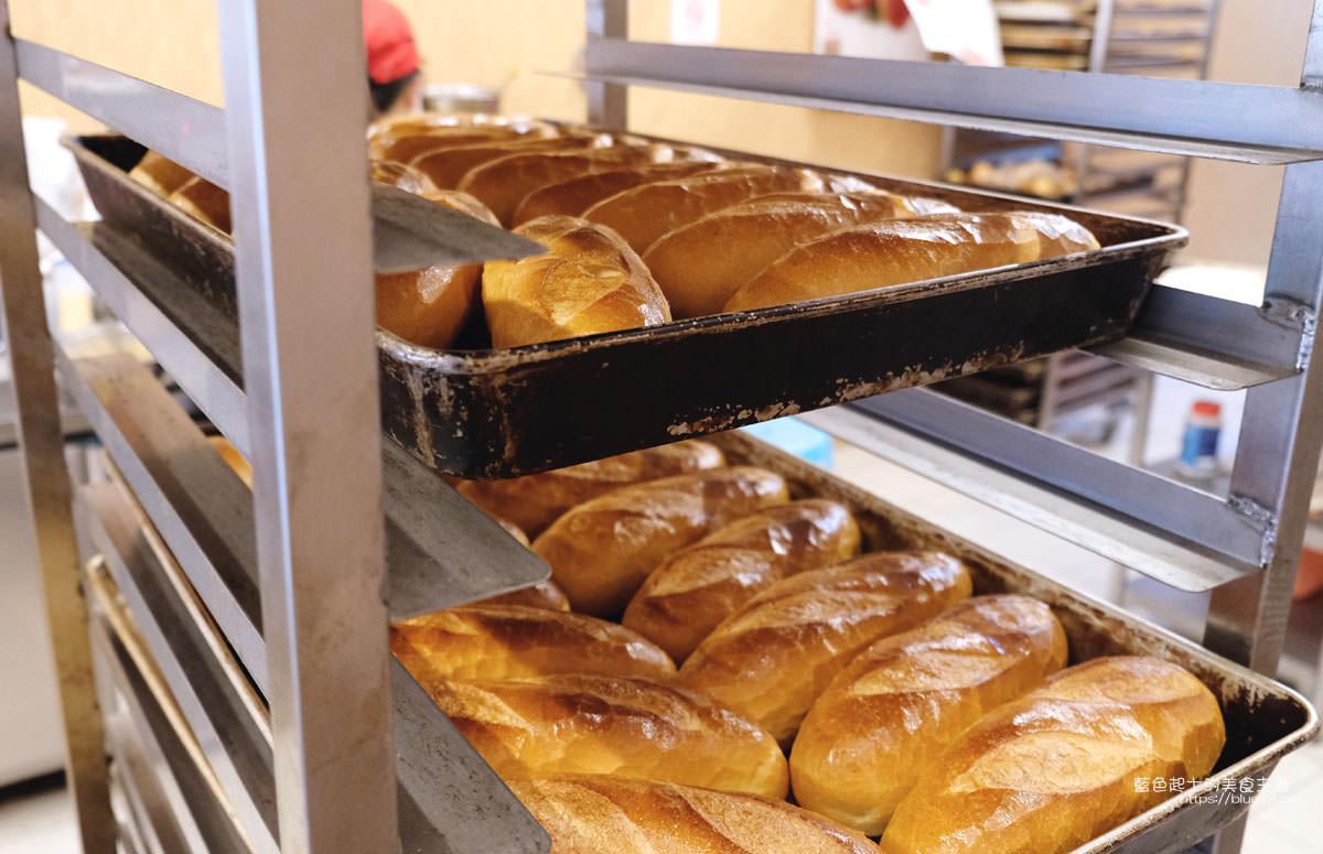 20191110133221 55 - 台中越南法國麵包工藝│推招牌綜合夾心麵包,口味多樣,每天出爐、批發零售