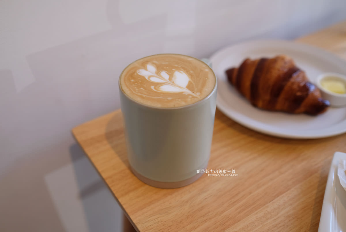 20191227012656 77 - 悅癮咖啡│文心森林公園旁的早午餐、咖啡和甜點店,附近就有便利的收費停車場