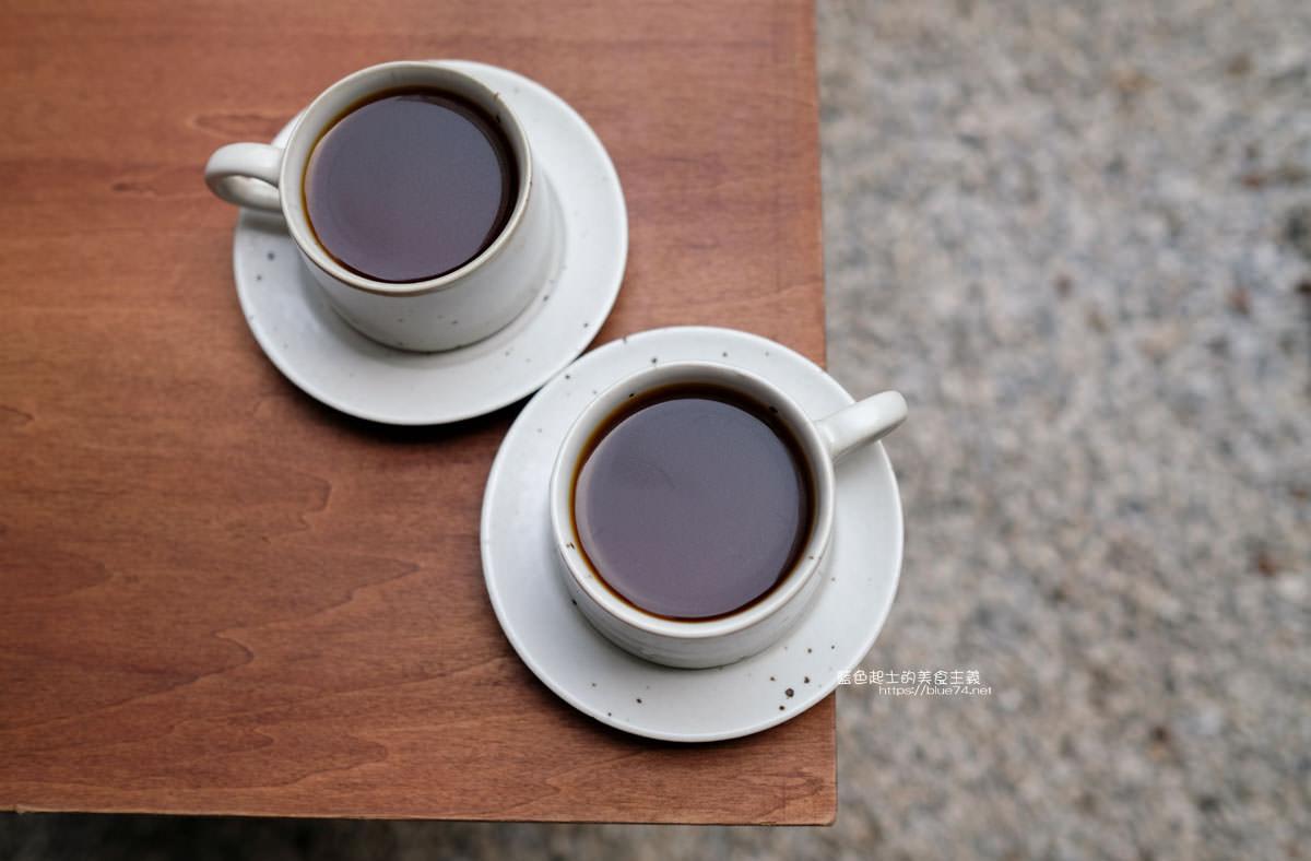 20200104182203 21 - 細水焙煎所|預約制自家烘焙咖啡,最近很夯的老屋庭院甜點咖啡