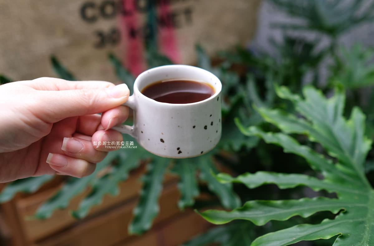 20200104182205 22 - 細水焙煎所|預約制自家烘焙咖啡,最近很夯的老屋庭院甜點咖啡