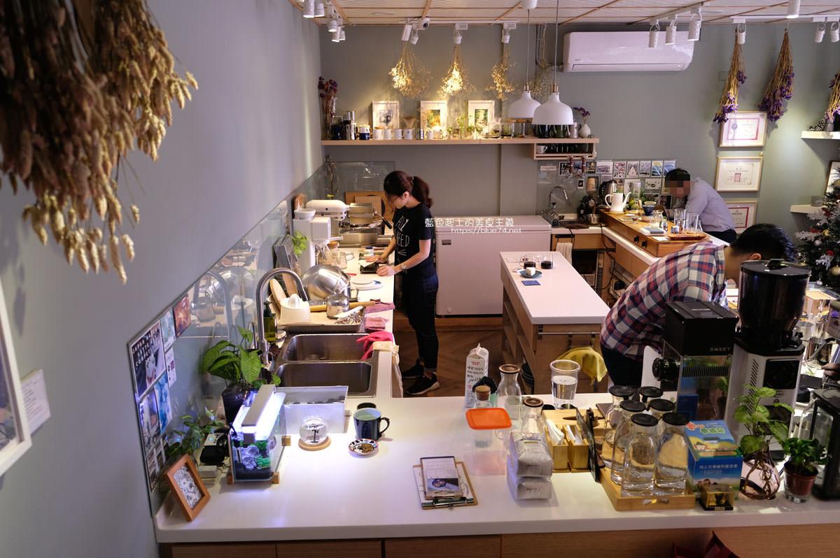 20200111103803 33 - Yasumi cafe│台中最強拉花,孔雀和金魚及蝴蝶躍入咖啡中