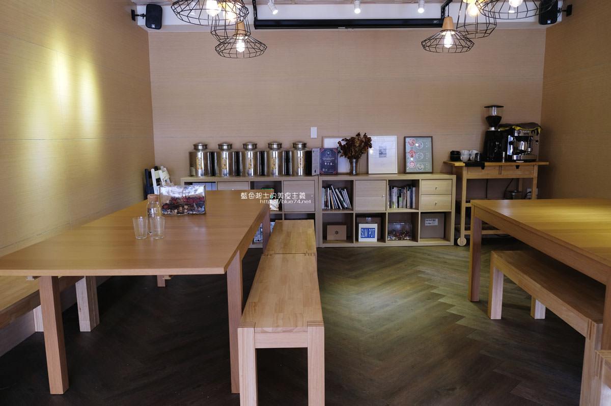 20200111103809 22 - Yasumi cafe│台中最強拉花,孔雀和金魚及蝴蝶躍入咖啡中