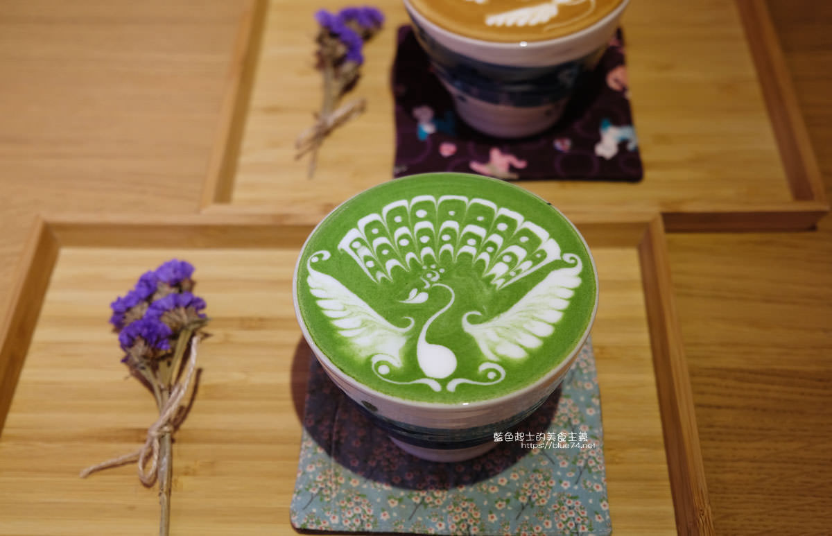 20200111103822 29 - Yasumi cafe│台中最強拉花,孔雀和金魚及蝴蝶躍入咖啡中