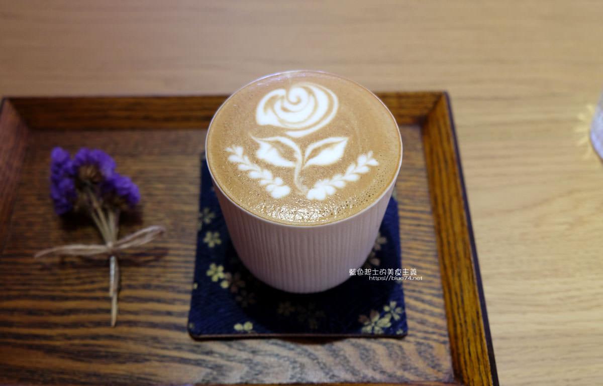 20200111103823 79 - Yasumi cafe│台中最強拉花,孔雀和金魚及蝴蝶躍入咖啡中