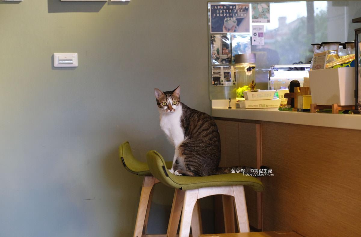 20200111103833 32 - Yasumi cafe│台中最強拉花,孔雀和金魚及蝴蝶躍入咖啡中