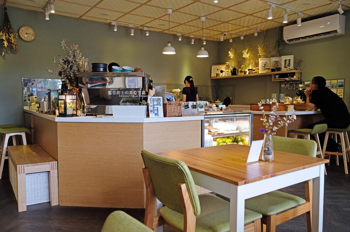 20200111103835 48 - Yasumi cafe│台中最強拉花,孔雀和金魚及蝴蝶躍入咖啡中