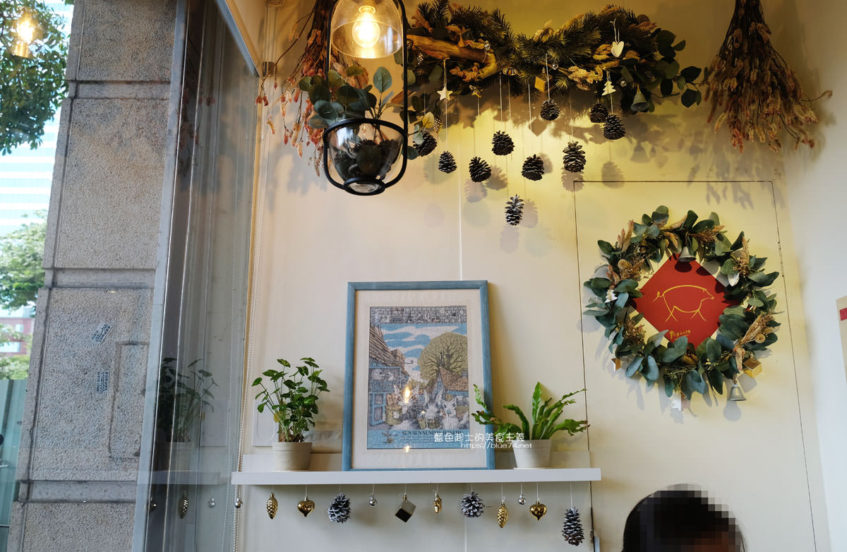 20200111103837 49 - Yasumi cafe│台中最強拉花,孔雀和金魚及蝴蝶躍入咖啡中