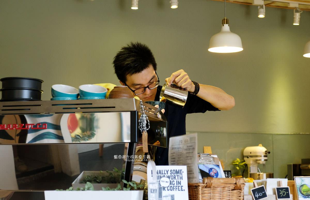 20200111103840 53 - Yasumi cafe│台中最強拉花,孔雀和金魚及蝴蝶躍入咖啡中