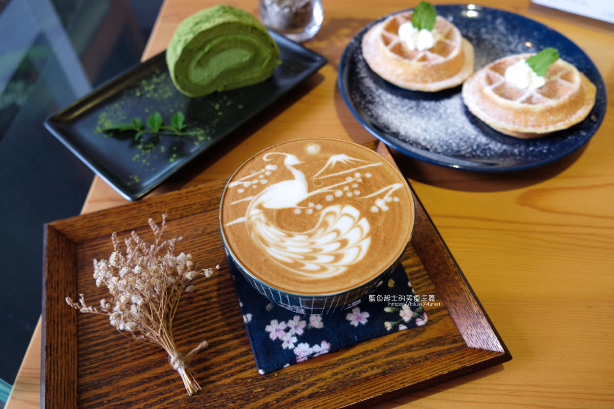 20200111105912 18 - Yasumi cafe│台中最強拉花,孔雀和金魚及蝴蝶躍入咖啡中