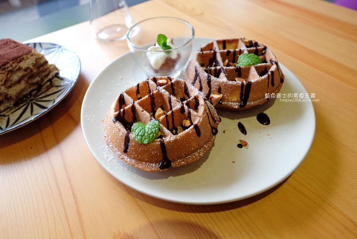 20200111151253 52 - Yasumi cafe│台中最強拉花,孔雀和金魚及蝴蝶躍入咖啡中