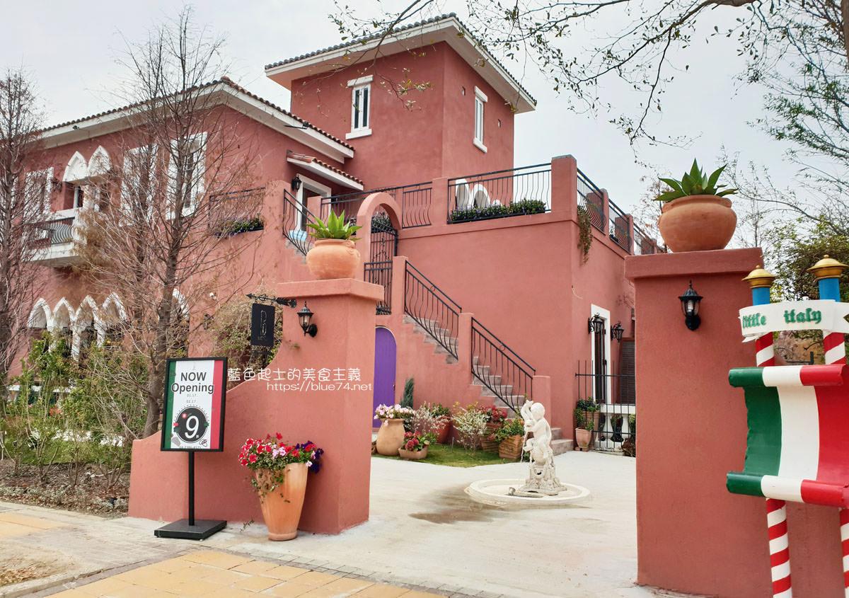 台中南屯│Bacitali小義大利-小義大利旗下的品牌,好拍佔地廣的威尼斯夏宮的浪漫花園建築