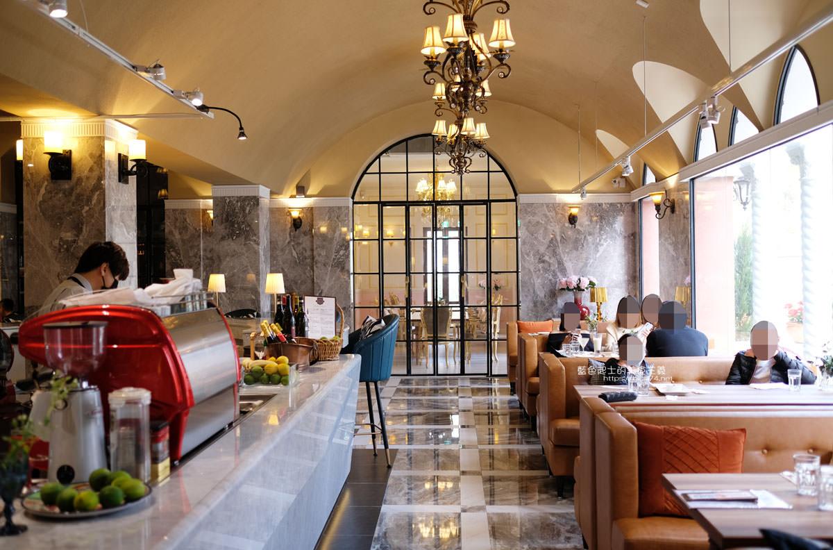 20200212015003 35 - Bacitali小義大利|小義大利旗下品牌,IG打卡夯點,唯美又好拍的威尼斯夏宮浪漫花園建築