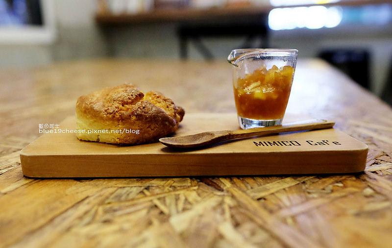 【嘉義東區】Mimico Cafe秘密客咖啡館-老屋咖啡館,隱身民宅中,小天井院子磨石子地,親切的老闆娘
