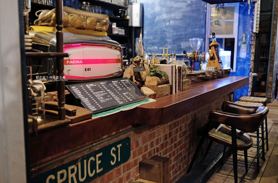 20200904172235 72 - 懶人咖啡館五代目|讓人放鬆的台中深夜咖啡館,這裡的厚片吐司是別人家的兩份厚片吧