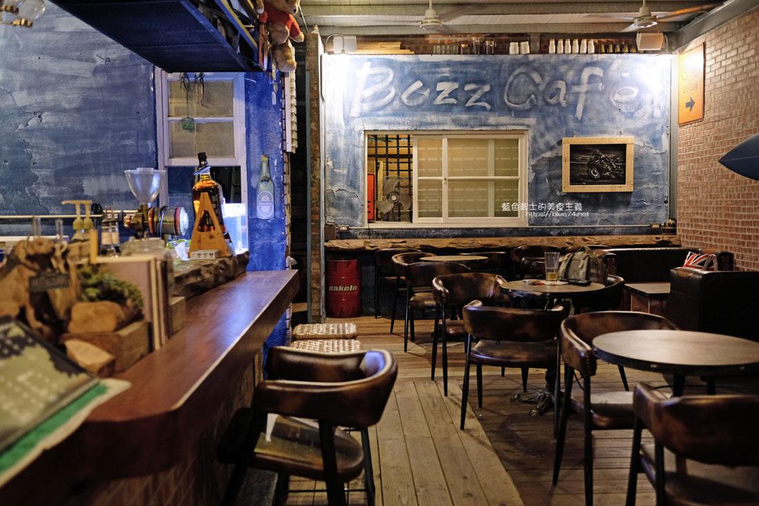 20200904172236 100 - 懶人咖啡館五代目|讓人放鬆的台中深夜咖啡館,這裡的厚片吐司是別人家的兩份厚片吧