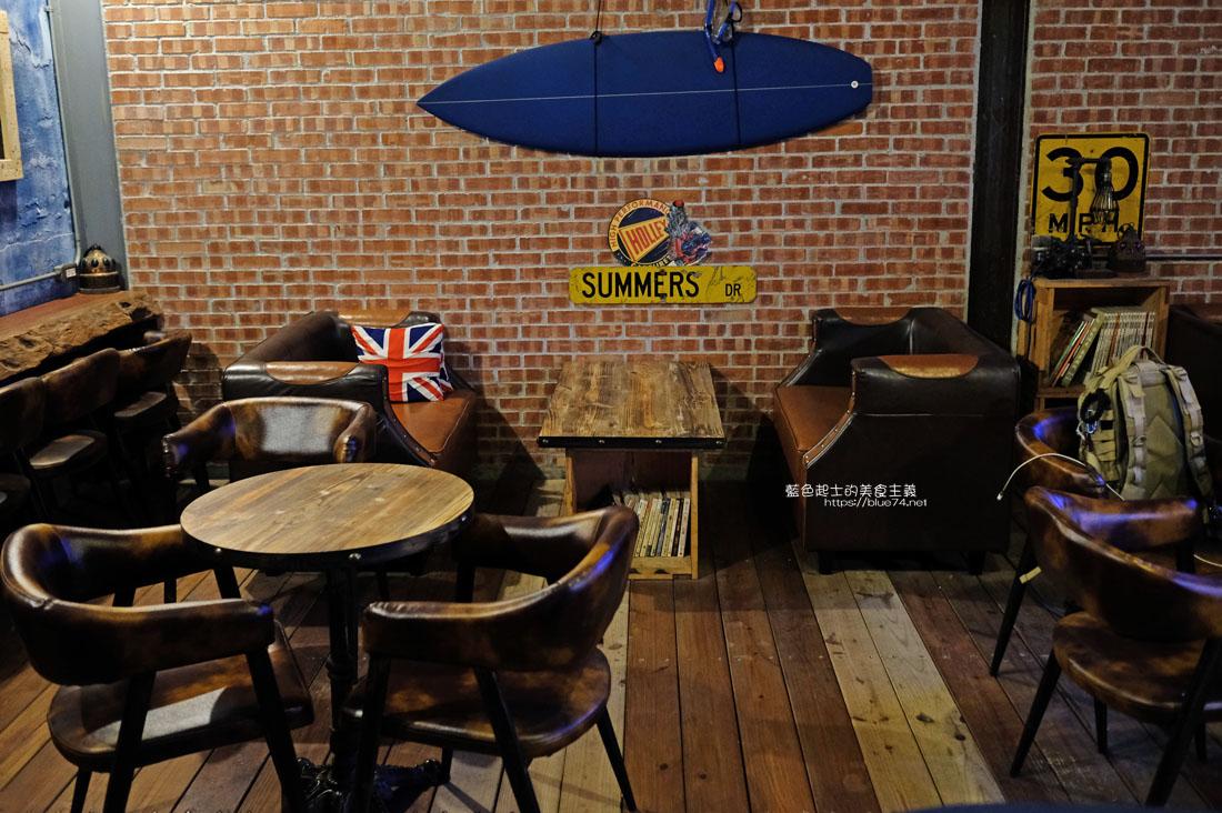 20200904172238 44 - 懶人咖啡館五代目|讓人放鬆的台中深夜咖啡館,這裡的厚片吐司是別人家的兩份厚片吧