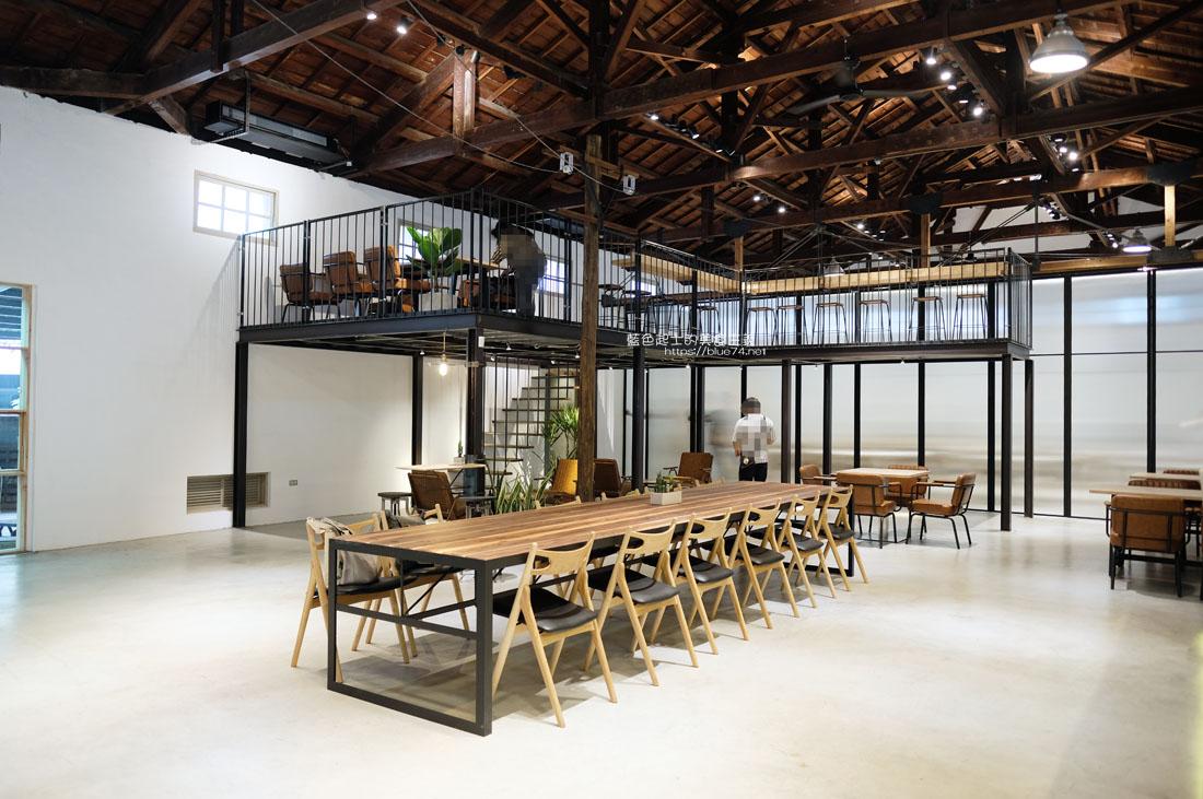 20200910175659 96 - 憬初尋|豐原老倉庫改建成咖啡廳,木質設計結合工業風,老屋新生也推廣國產咖啡及農產