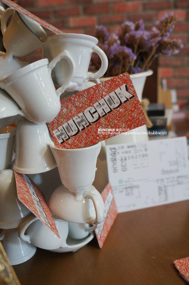 台中西區│拿翹咖啡NUNCHUK-超隱密的秘密基地咖啡館,找好久害我很想說出拿翹內