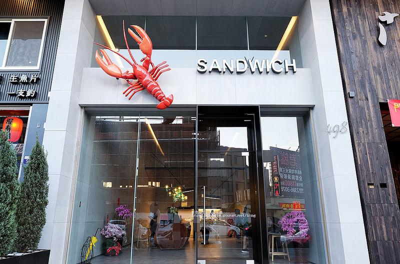 【台中南屯】龍蝦小姐Lady Lobster-整隻波士頓龍蝦豪邁的包進三明治裡,不用飛日本,台中就吃的到囉!近星巴克和南屯蕭爌肉飯永春東店