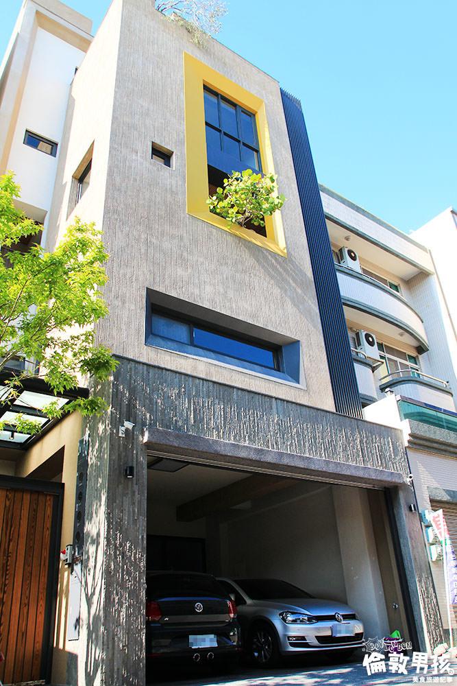 台南‧東區|巷弄間的自然輕豪宅!滿滿陽光、自然風與植栽,與家人一同生活的久居宅是不是就該有這些元素?重點生活機能、學區皆OK