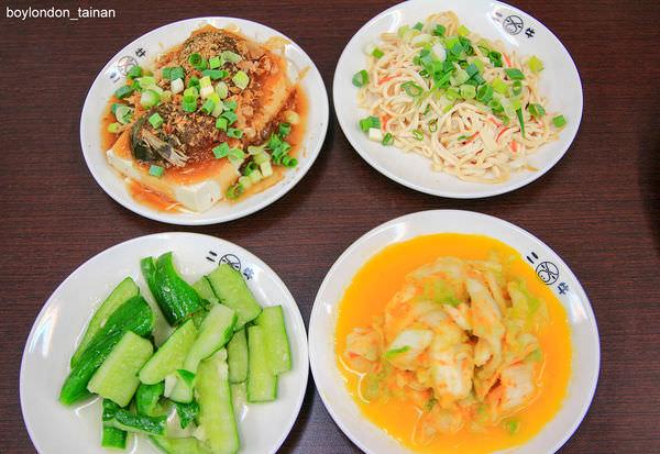LR-16IMG_3055_黃金泡菜、涼拌柴魚豆腐、涼拌小黃瓜、涼拌乾絲-2.jpg
