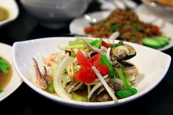 餐-香辣海鮮沙拉.JPG