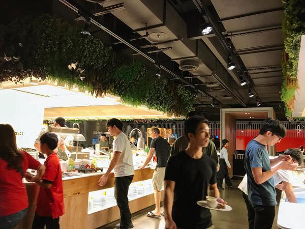 台南‧中西區 饗食天堂 台南西門店|多樣化選擇buffet吃到飽~春季新菜出爐|聚餐推薦~高CP值