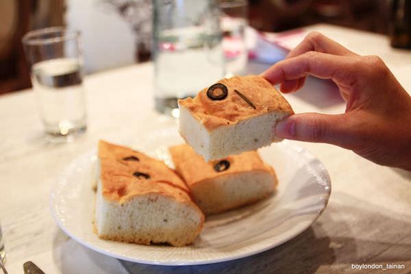 IMG_9686_餐前麵包.JPG