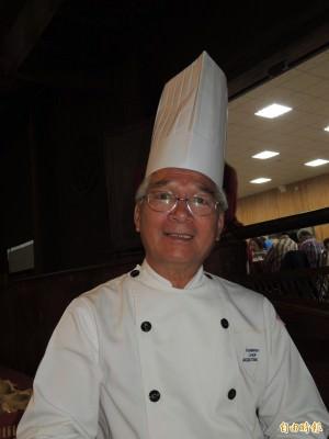 總鋪師蘇嘉進是電影「總鋪師 」幕後指導廚藝的本尊師傅。(記者洪瑞琴攝)