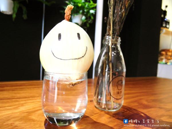 沺木 Garden Wood:〖台中│美食〗沺木 Garden Wood ❤ 新鮮現打,天然美味,過程中不加一滴水和糖,滿滿纖維通通都在這杯裡面!!