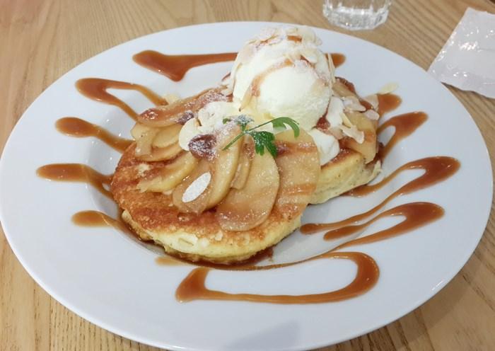 【食記】有濃濃雞蛋香的日式厚鬆餅 Jamling Cafe @信義安和站