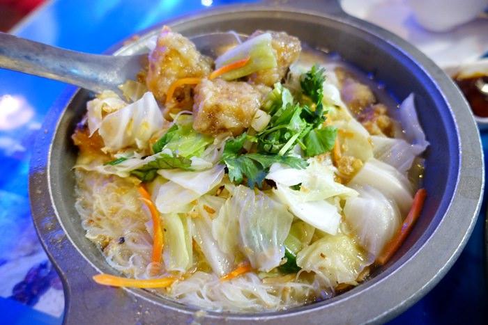 【基隆.碧砂漁港】- 漁品軒海鮮餐廳.招牌白鯧魚米粉