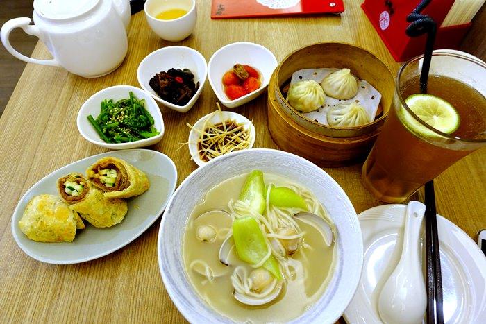 【食記】十里安手麵館.精緻的中式麵食、點心、湯包(民生店) @中山國中站