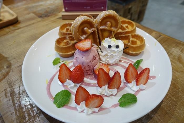 【食記】Mountain Cafe 天然食材,食尚美學.到時尚家俱館內喝咖啡 @西湖站(內科)