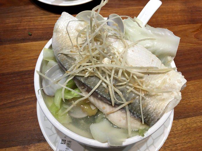 【食記】雙月食品社.冬季溫補養生又美味的平價燉湯.虱目魚蛤蜊湯清甜又好喝 @善導寺站