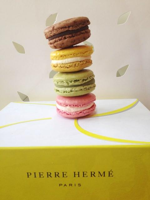 【13 秋日.楓遊東京 】- Pierre Hermé青山總店。甜點人的朝聖地