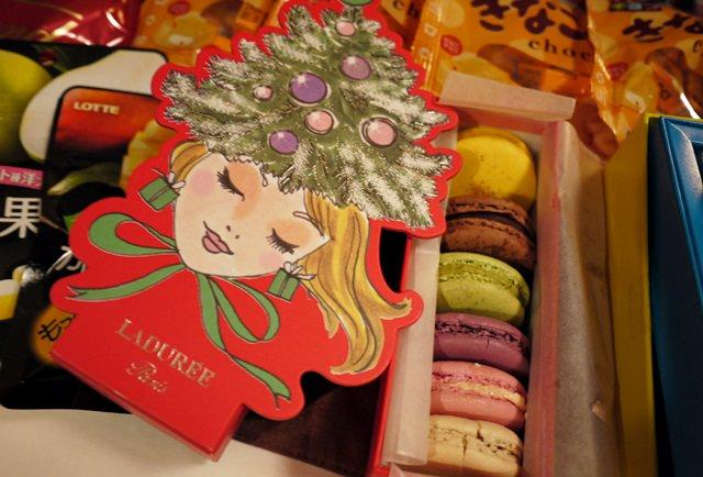 【13 秋日.楓遊東京 】- 今年讓Laduree的耶誕小姐陪你過聖誕~~