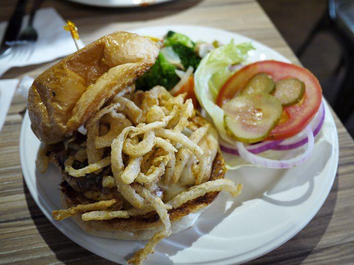 【食記】JB'S Diner 美式早午餐 @ 天母新光三越旁