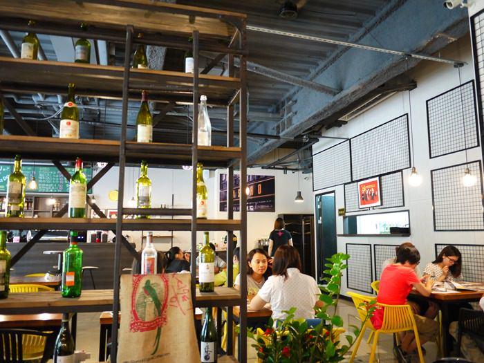新开幕美式工业风餐厅