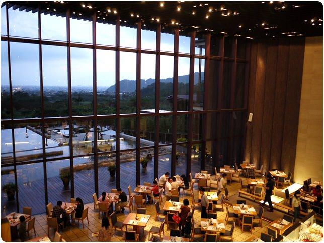 【礁溪.餐飲】- 礁溪老爺大酒店 雲天自助餐廳 (晚餐)