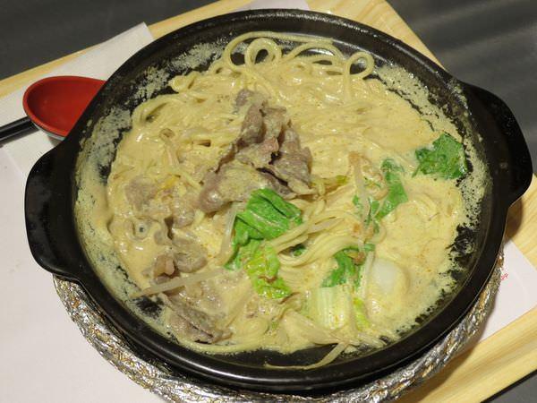 聖加南洋小品@南港環球店, 餐點, 叻沙牛肉麵