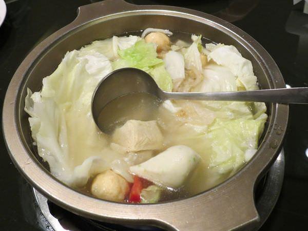 成吉思汗蒙古烤肉, 餐點, 火鍋