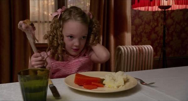 Movie, Miss Peregrine's Home for Peculiar Children(美國) / 怪奇孤兒院(台) / 柏鳥小姐的童幻世界(港) / 佩小姐的奇幻城堡(網), 電影劇照