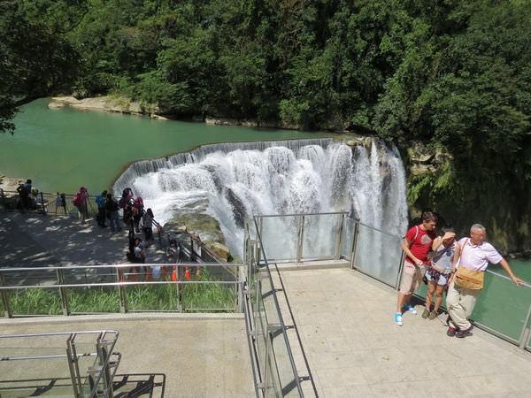 十分瀑布公園, 觀瀑平台