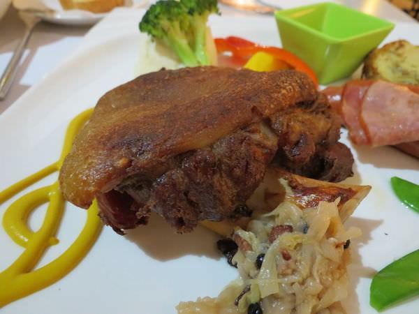 排排饌@三多店, 餐點, 日耳曼德國豬腳拼盤, 主餐