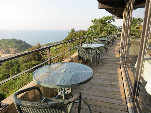 日光海岸, 餐廳